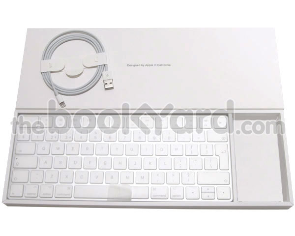 Apple Magic Bluetooth Keyboard - UK/w Lightning cable