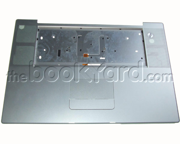 "MacBook Pro 17"" Top Case (Penryn 08) missing rear mount"