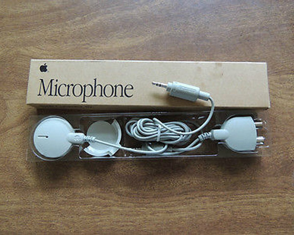 Apple Microphone with 3.5mm to RCA Adapter - Sealed